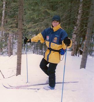 Céline Forget alors qu'elle faisait partie de la Patrouille Canadienne de ski