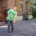 Antoine, fin prêt pour le tournoi de rue